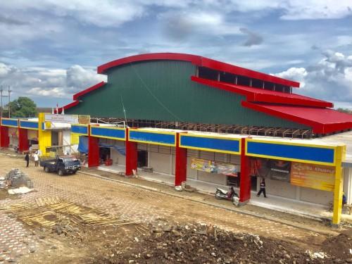 Pasar sayur Kota Batu sedang dalam proses pembangunan. (Foto: Irsya Richa/MalangTIMES)