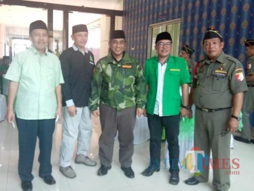 Ketua GP Ansor Kabupaten Malang Husnul Hakim (2 dari kanan) dalam acara Rakorcab Banser (GP Ansor for MalangTIMES)