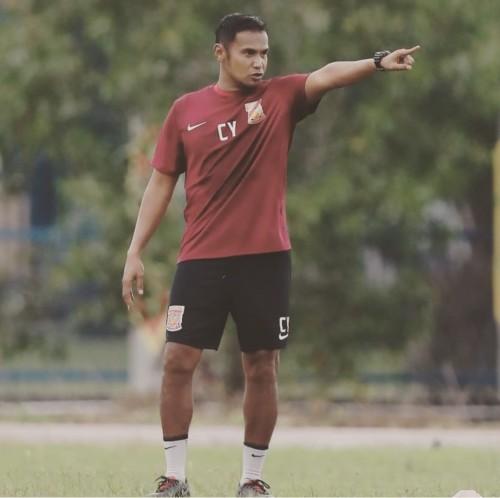 Asisten pelatih Arema FC, Charis Yulianto (instagram Charis Yulianto)