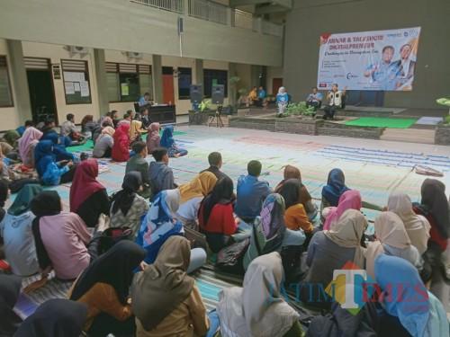 Seminar dan Talkshow Digitalpreneur sukses digelar di Unisba Blitar.(Foto : Aunur Rofiq/BlitarTIMES)