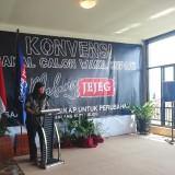 Anto Baret Baca Puisi, Minta Malang Jejeg Jadikan Para Koruptor sebagai Guru