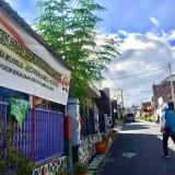 Masjid dan Gereja Bisa Berdampingan, Warga Jakarta Acungi Jempol Desa Toleran Kota Batu
