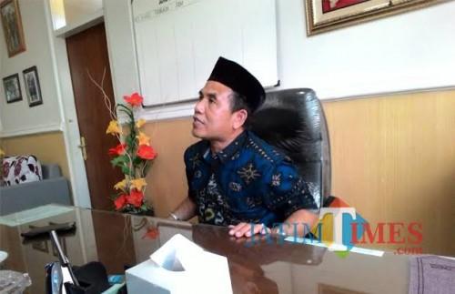 Abdurrachman atau Gus Dur saat masih menjabat sebagai Kepala Dinas Kesehatan Kabupaten Malang (dok MalangTimes)