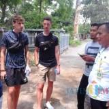 Tak Hanya Masyarakat Lokal, Turis Manca Juga Suka Kopi Tulang