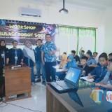 Pesta Wirausaha Blitar, Mahasiswa Siskom Unisba Berbagi Ilmu Robot Soccer kepada Anak-Anak