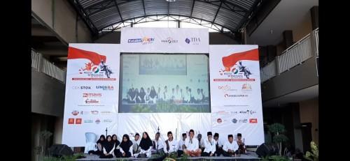 Grup salawat Ashabah tampil membuka gelaran Pesta Wirausaha Blitar hari kedua.(Foto : Team BlitarTIMES)