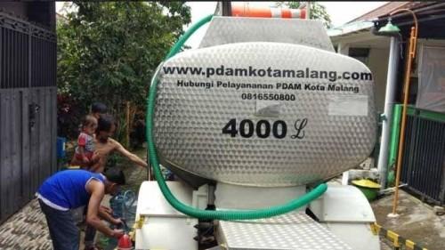 Bantuan tangki air Perumda Tugu Tirta Kota Malang (Istimewa).