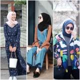 Jadi Tren Warna 2020, Intip Mix and Match Gaya Hijabers Pakai Nuansa Biru Klasik