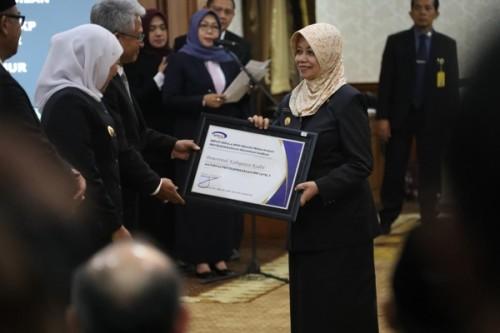Bupati Kediri Terima Penghargaan Maturitas SPIP Level 3