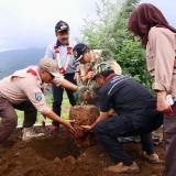 Ribuan Pohon Ditanam di Desa Sumber Brantas Kota Batu Setelah Diterjang Puting Beliung