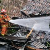 Gara-Gara Sisa Penggorengan Kopi, Rumah Warga Kota Batu Terbakar