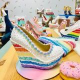 Mirip Kue Ulang Tahun dan Donat, Sepatu Ini Bisa Dimakan Juga Nggak Ya?