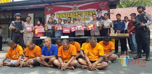 11 pelaku kriminal diamankan Polres Blitar Kota dalam sepekan.(Foto : Team BlitarTIMES)