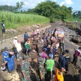 Tujuh Korban yang Terseret Banjir Dau Sekitar 10 Meter Dipastikan Selamat
