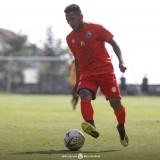 Gabung Arema FC, Pandi Lestaluhu Siap dengan Tekanan Aremania
