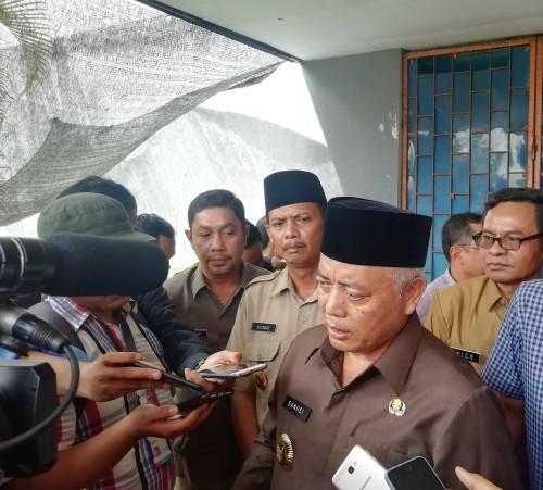 Bupati Malang Sanusi meminta agar cek darah anak baru lahir dilakukan dan pembiayaan akan ditanggung Pemkab Malang. (dd nana)
