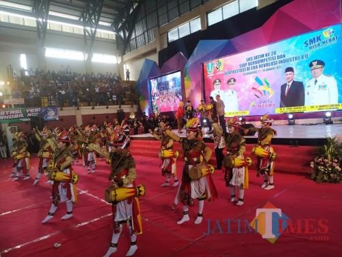 Meriah, Ribuan Pelajar Ikuti LKS Jawa Timur di GOR Lembupeteng Tulungagung