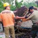 Total 66 Rumah Warga Rusak Akibat Terjangan Angin Kencang di Blitar