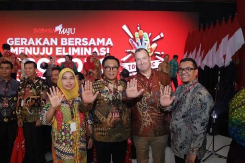 Wakil Wali Kota Malang Sofyan Edi Jarwoko (dua dari kiri) didampingi Plt Kepala Dinkes Kota Malang Sri Winarni saat menghadiri Gerakan Bersama Menuju Eliminasi TBC (Humas Pemkot Malang for MalangTINES).