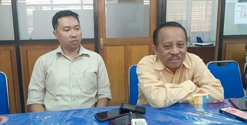 (dari kiri) Kepala LPPM ITN Malang Awan Uji Krismanto dan Rektor ITN Malang Ir Kustamar. (Foto: Ima/MalangTIMES)