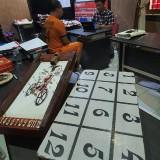 Perangkat Desa di Blitar Diciduk Polisi Gara-Gara Main Judi di Pos Kamling