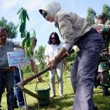 Hidupkan Tradisi, Wali Kota Batu Imbau Ibu Melahirkan Tanam Satu Pohon
