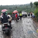 Selain Jembatan, Perkebunan Jeruk Hingga Pipa PDAM Rusak Akibat Diterjang Banjir Bandang