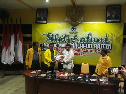 Silaturahmi Machfud Arifin dengan DPD Golkar Surabaya