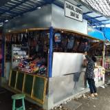 Di Penampungan Sementara, Pendapatan Pedagang Pasar Ngunut Turun Drastis