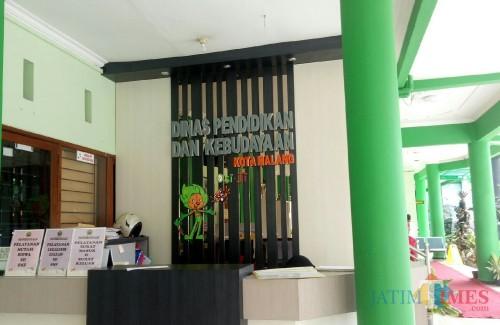 Kantor Dinas Pendidikan dan Kebudayaan (Disdikbud) Kota Malang (Foto: Ima/MalangTIMES)