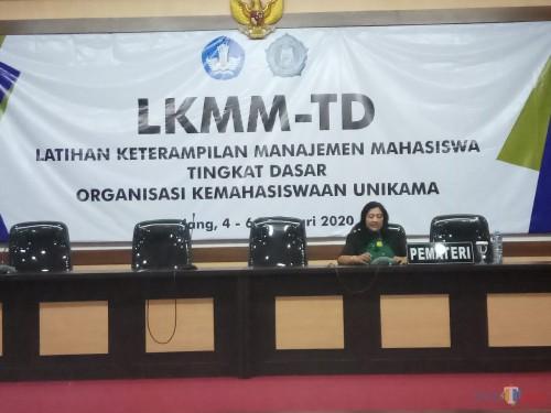 Wakil Rektor III, Dr Joice Soraya saat memberikan sambutan pada kegiatan LKMMTD di Unikama (Anggara Sudiongko/MalangTIMES)