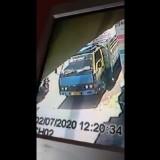 Viral, Pelaku Pencurian di Kendaraan Jasa Ekspedisi Terekam CCTV
