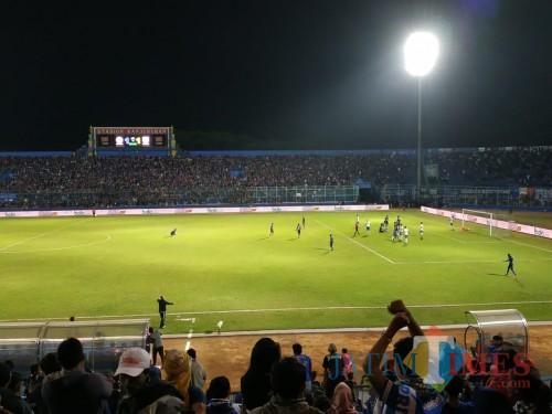 Stadion Kanjuruhan saat digunakan menggelar pertandingan Liga 1 2019. (Foto: Hendra Saputra/MalangTIMES)