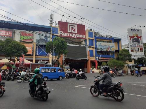 Mal Alun-Alun Kota Malang (Ramayana) yang akan menjadi tempat Mal Pelayanan Publik. (Arifina Cahyanti Firdausi/MalangTIMES)