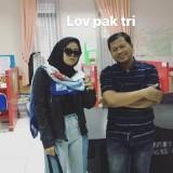 Viral, Mahasiswi Dandan ala Rhoma Irama Saat Bimbingan Skripsi di Malang