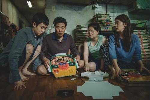 Film Parasite dari Korea Selatan yang berhasil tembus Piala Oscar 2020.