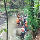Ditinggal Mematikan Kompor, Balita Broken Home Dikabarkan Hanyut Terbawa Arus Sungai