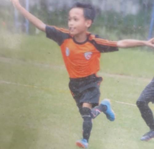 Arjuna Mega Dwi Lis Syah Putra, semangat berlatih dan mimpi jadi bintang sepak bola profesional (Foto : Istimewa / TulungagungTIMES)