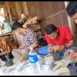 Cetak Entrepreneur Baru, Fakultas Pertanian Unisba Blitar Ajak Mahasiswa Eksplorasi Budidaya Bonsai
