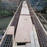 Masih Tahap Pembangunan, Eh Jembatan Pandanwangi Hanyut Terseret Banjir