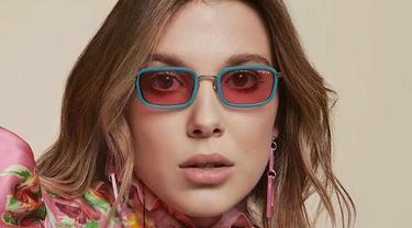 Kacamata khas retro ala Millie Bobby Brown. (Foto: istimewa)