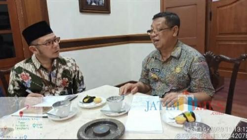 Bupati Tulungagung Maryoto Birowo bersama Asisten Deputy Kewirausahaan Kementerian Koperasi dan UMKM Republik Indonesia / Foto : Eko Puguh / Tulungagung TIMES