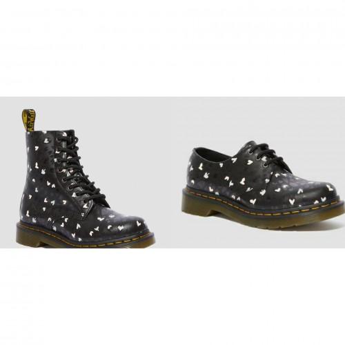 Tampil Beda Pakai Boots Bermotif, Kenapa Tidak?