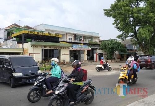 Bangunan Cucian Mobil Dekat Exit Tol Mapan Tak Kunjung Dibongkar, Pemkot Bakal Beri Santunan