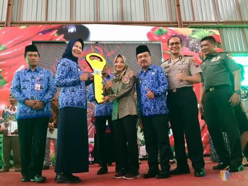 Resmi Di-launching Wali Kota, Pasar Sayur Kota Batu Kini Bersih dan Bebas dari Kumuh