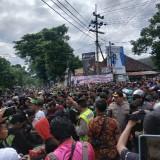 Aremania dan Bonek Mania Dipaksa Mundur karena Dekati Stadion Soeprijadi