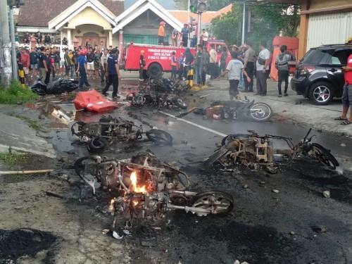 Melintas di Dekat Stadion Soeprijadi, Motor Warga Kota Blitar Dibakar Oknum Suporter