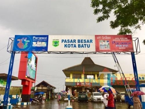Pasar Besar Kota Batu yang terletak di Jalan Dewi Sartika, Kelurahan Temas, Kecamatan Batu, memiliki luas area hingga 4,5 hektare. (Foto: Irsya Richa/BatuTIMES)