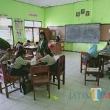 Galakkan Pentingnya Pendidikan, Mahasiswa PPL Unisba Blitar Beri Motivasi Pelajar di Desa Gembongan