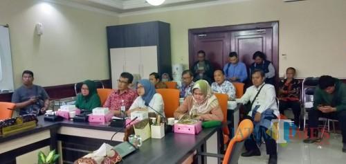 Hearing Komisi A DPRD Surabaya dengan pihak Inspektorat Pemkot Surabaya